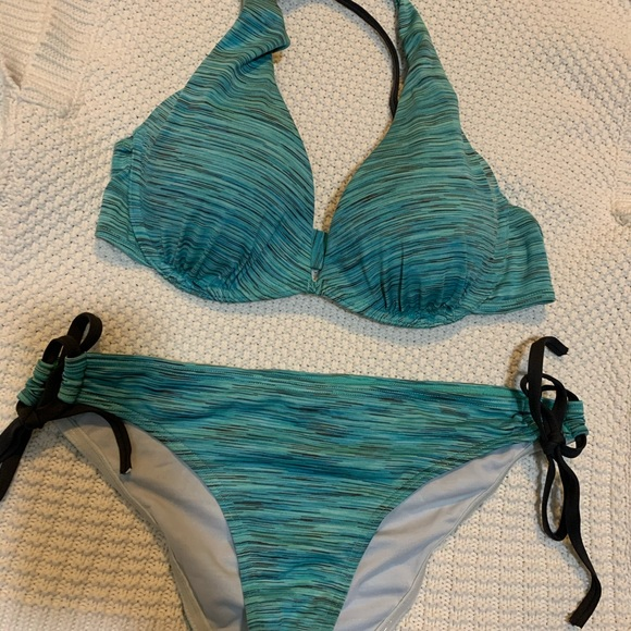 Three piece bathing suit
